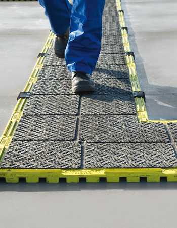 Flat roof demarcation